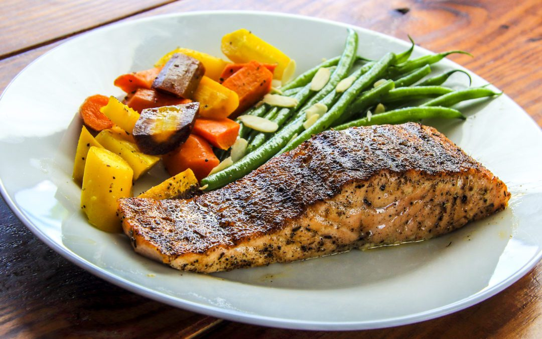 salmon and vegetables as healthy meals example
